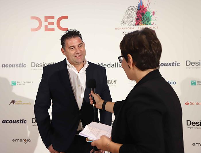 Jose Serrano en el Congreso DEC
