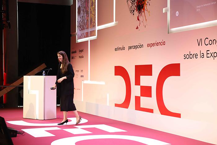 Veronica Bello en el Congreso DEC